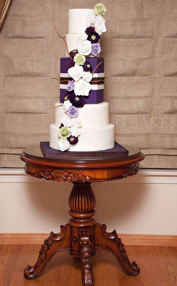 violet and white wedding cake 17 best images about eggplant on purple 21620