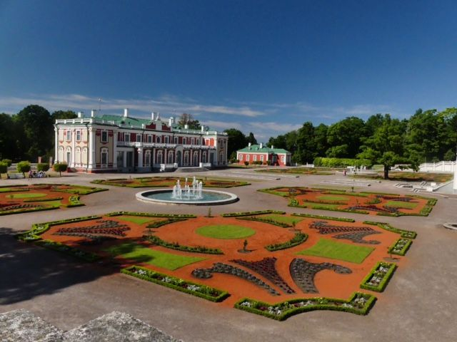 Kadriorg Palace in Tallinn, Estonia. The palace was built after the Great Northern War and today it serves as Kadriorg Art Museum - Photo by Nick and Pam Cannon, Group Escort
