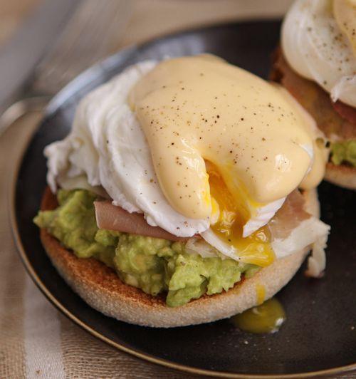 Avo & Parma Ham Eggs Benedict