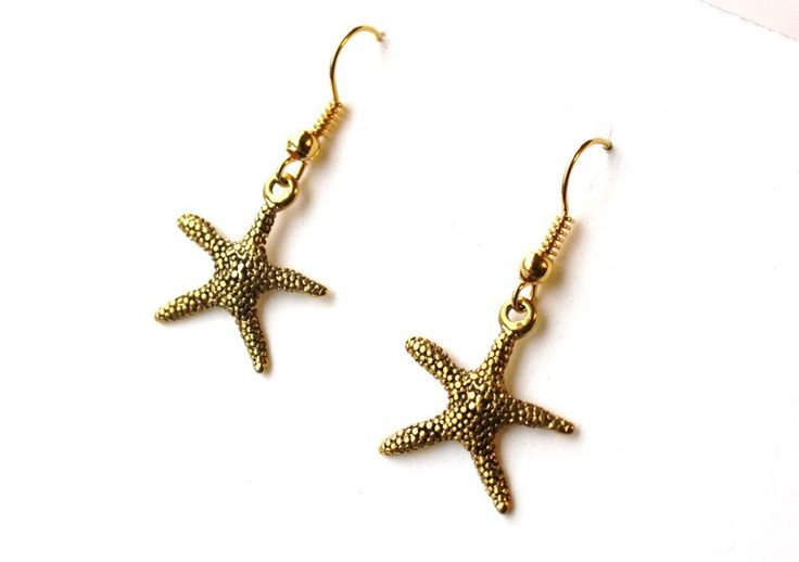 Earrings with starfish from Especially for You available on http://en.dawanda.com/shop/Especially-4-You