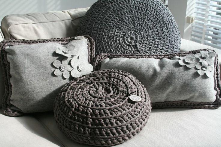 My Brand by Barbara Mets Kussen Vilt/gehaakt Grijs   Authentique MignonAuthentique Mignon