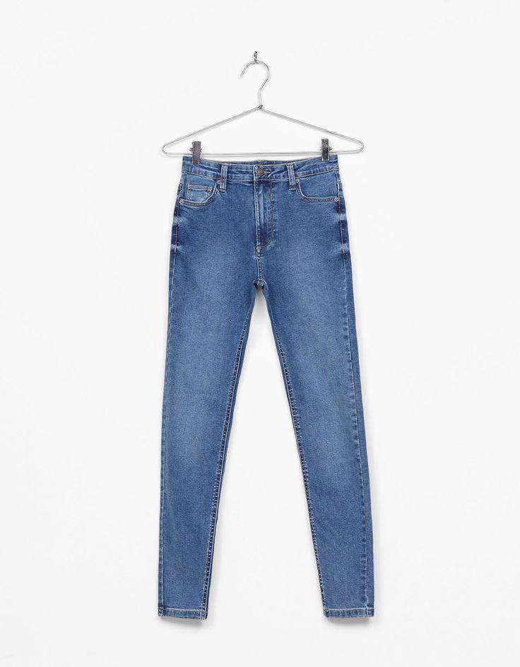 Calças cintura subida