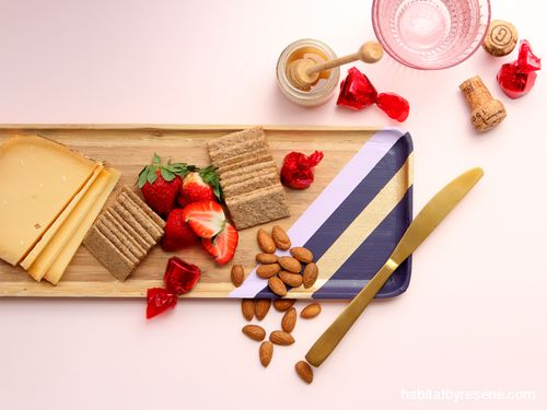 We love how this serving tray comes alive with painted stripes in Resene Full Monty, Resene Mozart and Resene Gold Dust.