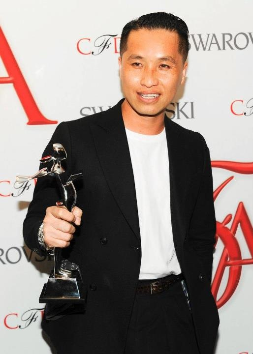 PHILLIP AND HIS AWARD AT THE #CFDA #SWAROVSKI AWARD FOR #MENSWEAR 2012 EVENT: Phillip Lim, Menswear 2012, Awards 2012, Cfda Awards, 2012 Cfda, Lim Awards, Swarovski 2012, Swarovski Awards, Cfda Swarovski