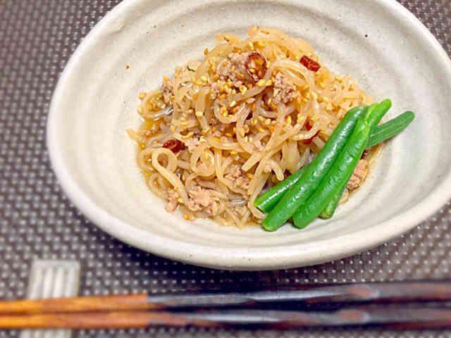簡単夕食ダイエット☆白滝と豚挽肉ピリ辛煮