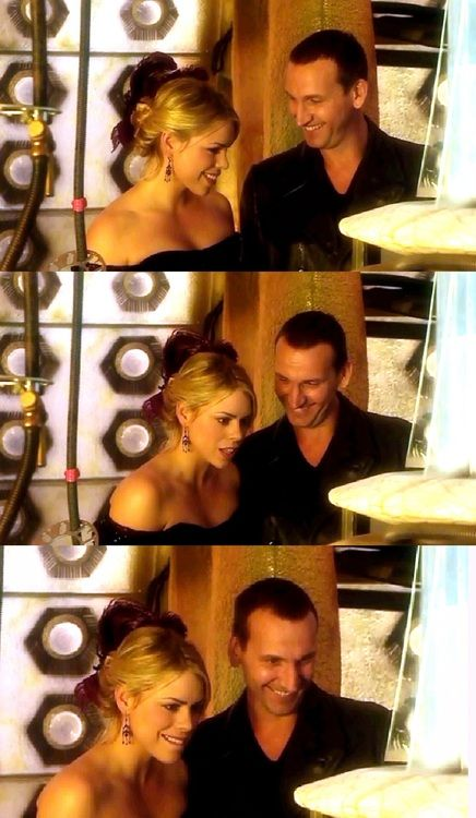 I'll never get over how amazing Christopher Eccleston was, n how amazing this pairing was n is!! No room for closure!