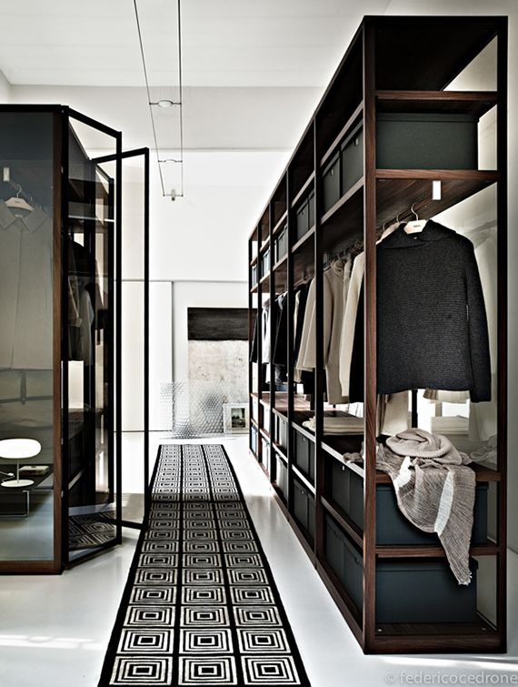 Gorgeous contemporary apartment. Styling by Simona Sbordone, photo by Federico Cedrone #wardrobe