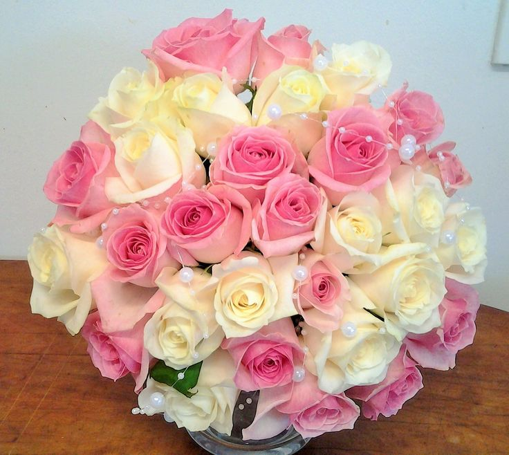 Lovely pink and cream roses www.flowerz.co.nz