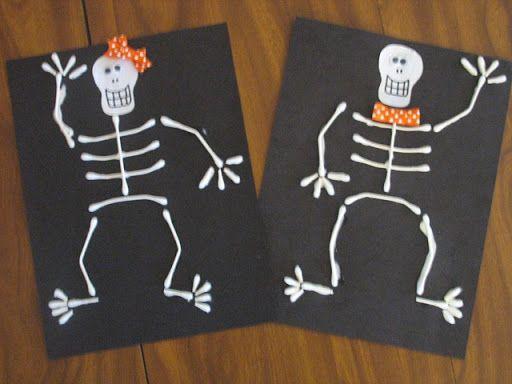 Preschool Crafts for Kids*: Halloween Q-tip Skeleton Craft http://easypreschoolcraft.blogspot.com/2012/05/halloween-q-tip-skeleton-craft.html?m=1