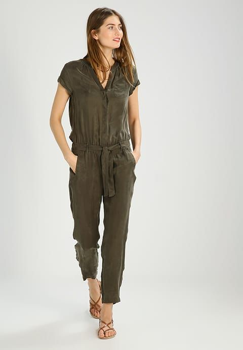 comma casual identity Jumpsuit - grün for £87.99 (29/07/17) with free delivery at Zalando