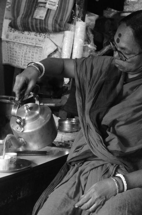 #kolkata #tea #internal #bond #bongs #bengali
