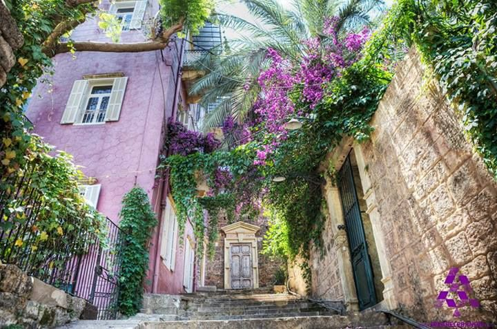 The traditional Sursock quarter in #Beirut حي سرسق التقليدي في #بيروت By Philippe Simon