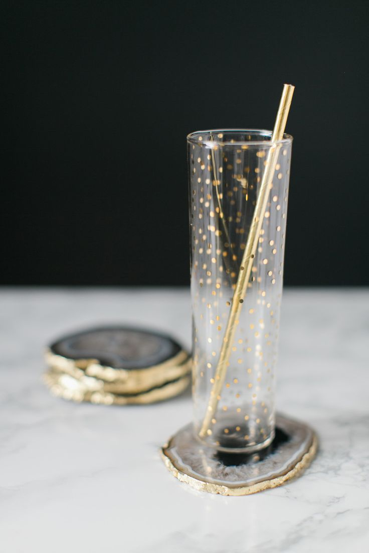 DIY Gilded Agate Coasters // Photography : Ruth Eileen Photography