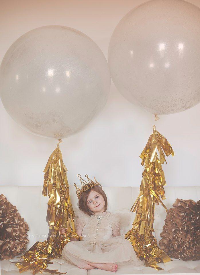 { Birthday balloons }