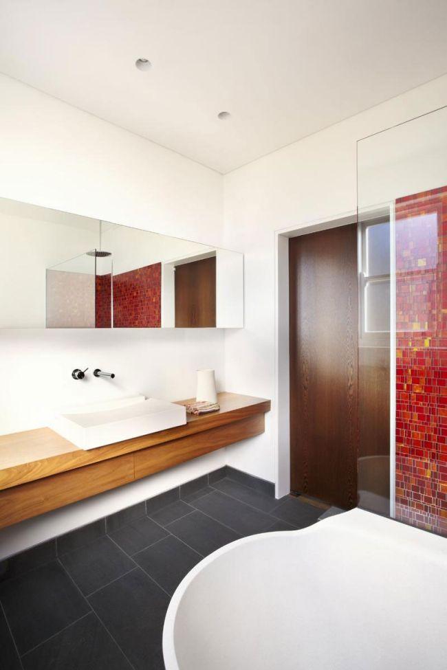 bad ideen bilder moderne möbel holz waschtisch rote mosaik