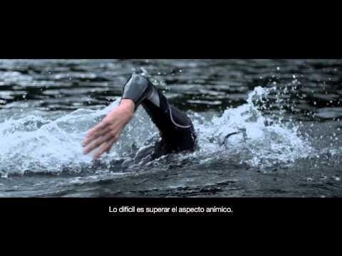 ASICS - Better Your Best' - Helen Jenkins, triatleta