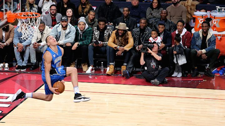 Zach LaVine, Aaron Gordon and the NBA Slam Dunk Contest of Our Dreams Was the back-and-forth, foul-line-leaping, mascot-clearing battle between the game's two young talents the greatest dunk contest ever? 2/13/2016