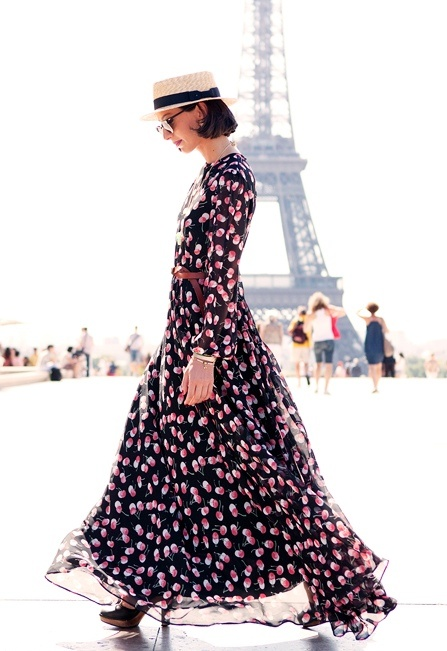 Flowy dress in Paris.  Love the silhouette.  The young print makes this more mature style fun!