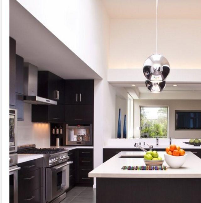 Espresso And White Kitchen Cabinets: Espresso Shaker Cabinets With White Quartz Countertop
