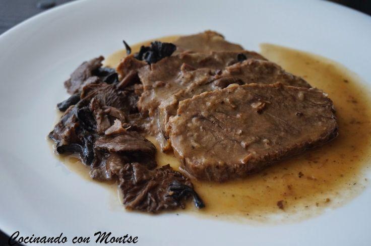 Cocinando con Montse: Redondo de ternera con setas. http://www.cocinandoconmontse.com/2014/12/redondo-de-ternera-con-setas-navidad-salsas.html