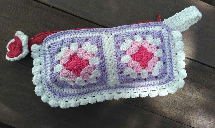 My crochet pouch <3