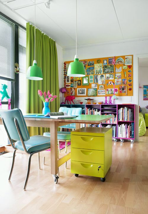 Cute and colorful. LOVE. What a fun room!