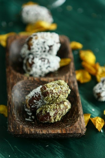 stuffed Dates with Coconut -- just 3 ingredients (walnuts/pistachios ...