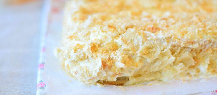 Рецепт+домашнего+торта+из+готового+слоеного+теста+(быстро+и+очень+вкусно).+По+вкусу+торт+напоминает+знаменитый+«Наполеон».