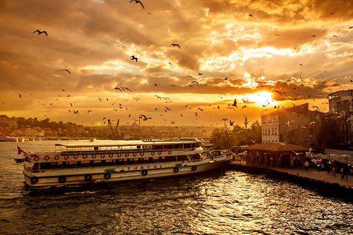 Haliç (by mrdigos) istanbul/ turkey