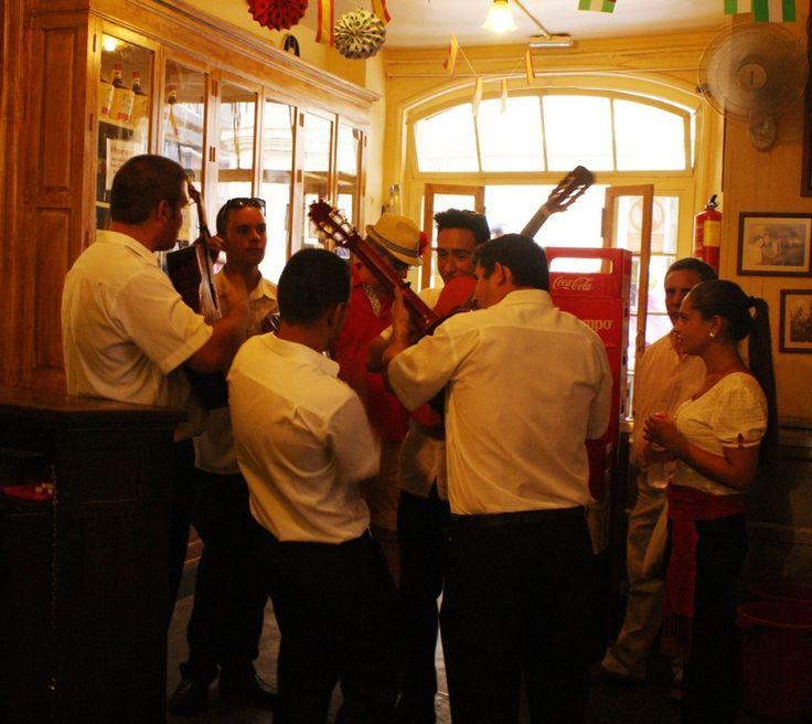 Antigua taberna de vinos en Málaga