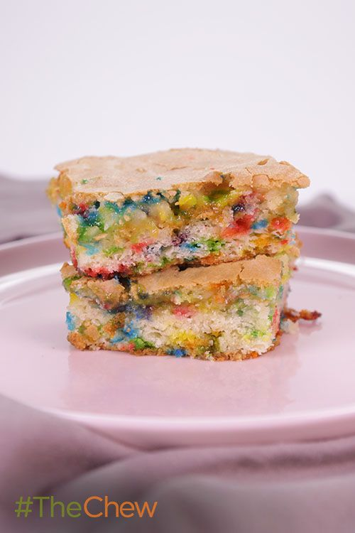 Transform ordinary cake mix into Confetti Blondies your family will never forget!