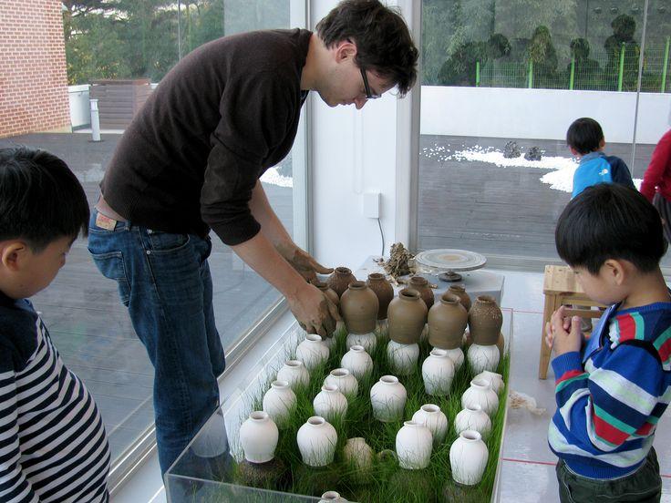 ceramic artist at work #4 / josephsivilli.com
