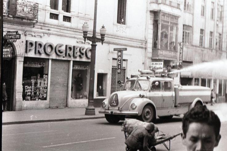 [Máquina de Bomberos] / Manuel H / s.f. / Colección Museo de Bogotá: MdB 12065 / Todos los derechos reservados