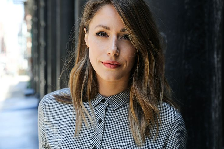 Amanda Crew Interview 2016