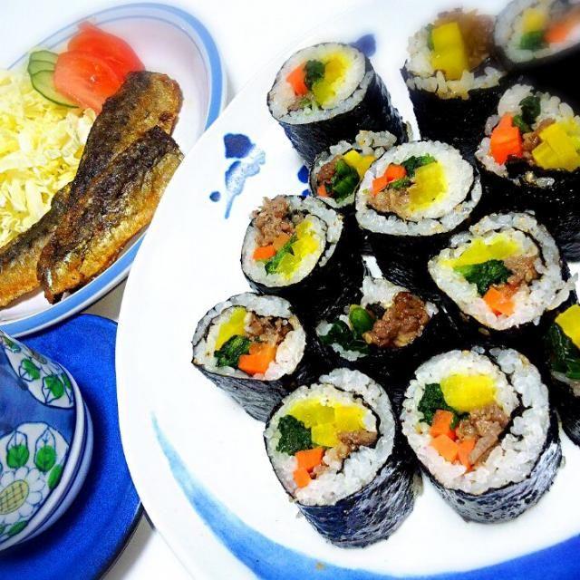 変型バージョンの節分料理♬ - 5件のもぐもぐ - 節分料理☆キムパ*いわしの竜田揚げ*茶碗蒸し by Michiko  Araki