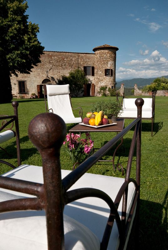 """Accomodation     """"Born out of the desire to share the magic of this place!""""  Castello di Gabbiano"""