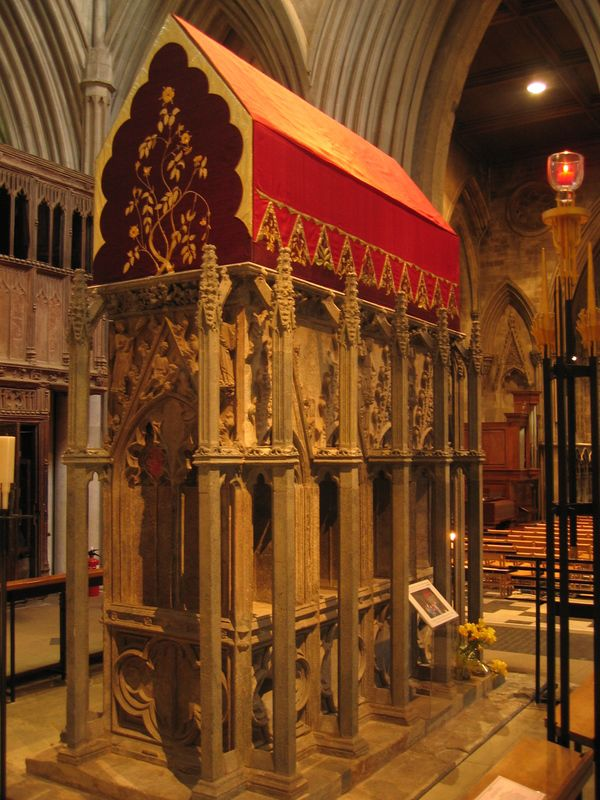 St. Albans Cathedral: Shrine of St Alban