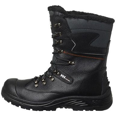 Keep out the cold in a pair of #HellyHansen 's  78313 Aker Winterboots. Featuring faux fur lining, water resistant PU coated leather, and a slip resistant outsole.