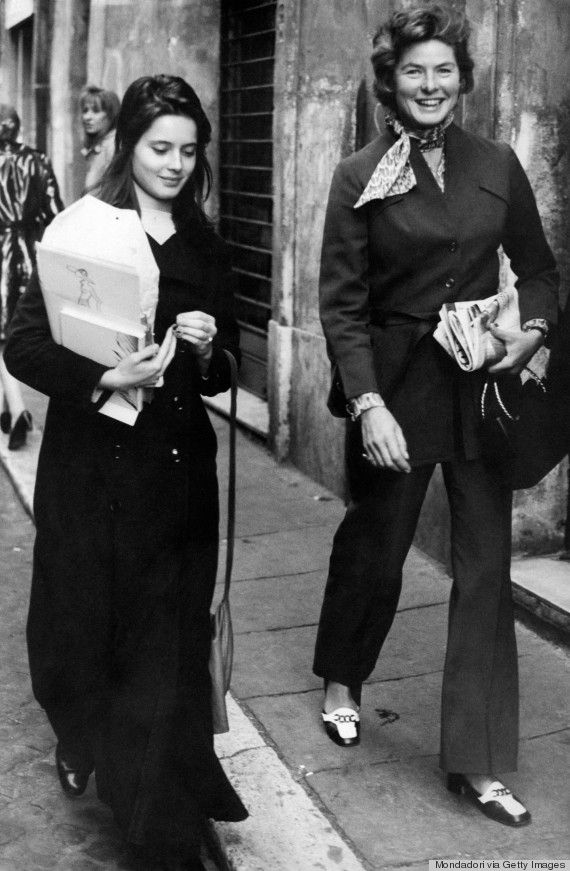 Isabella Rossellini and her mother Ingrid Bergman (Source: http://www.huffingtonpost.com/2013/06/18/isabella-rossellini-style-photos_n_3454326.html?ncid=edlinkusaolp00000003 )