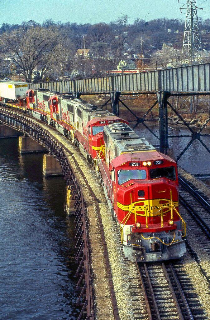 Можно ли фотографировать поезда для хомяков