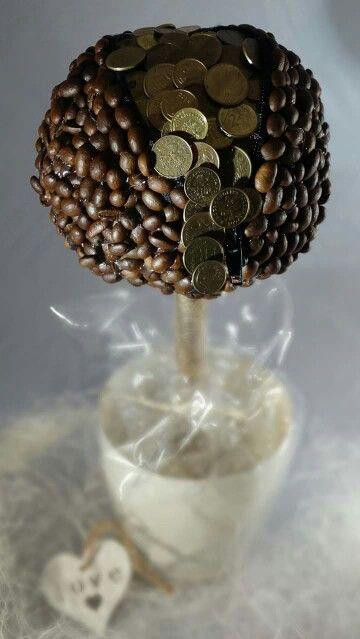 Drzewko szczescia z drobniaczkami dla....  Cena 45zl  Zapraszam na Naszego Facebooka Nieprzypadkowy Drobiazg