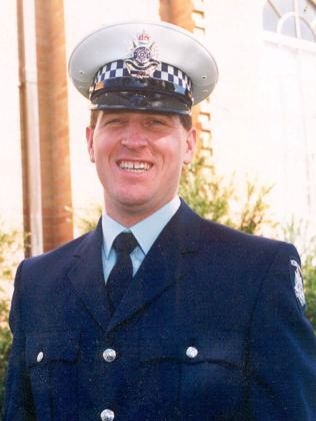 Constable Rodney Miller - murder 1998 16th August 1998, in Moorabbin whilst working on an operation investigating armed robberies in the south-eastern suburbs, Constable Rodney Miller and Sergeant Silk were gunned down and killed.  #twistedhistory #melbournemurdertours #melbourne #victorianpolice