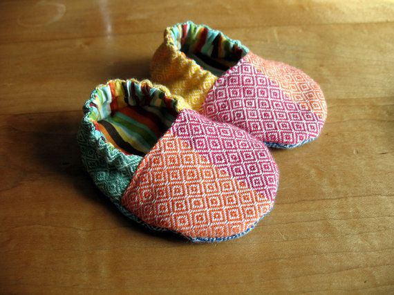 Wrap Scrap Baby Shoes - Girasol Light Rainbow
