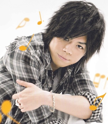 Daisuke Namikawa is a voice actor known for his roles as: Ulquiorra in Bleach  Fai D. Flourite in Tsubasa Chronicle, Miyamoto Musashi in the Sengoku Basara series, Italy in Axis Powers Hetalia and Shouta Kazehaya in Kimi Ni Todoke, see http://myanimelist.net/people/87/Daisuke_Namikawa for a better list.