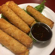 Texas Egg Rolls   Original Roadhouse Grill Copycat Recipe Serves 4 Egg Rolls:  1 (8 oz.) package cream cheese, softened 12 jalap...