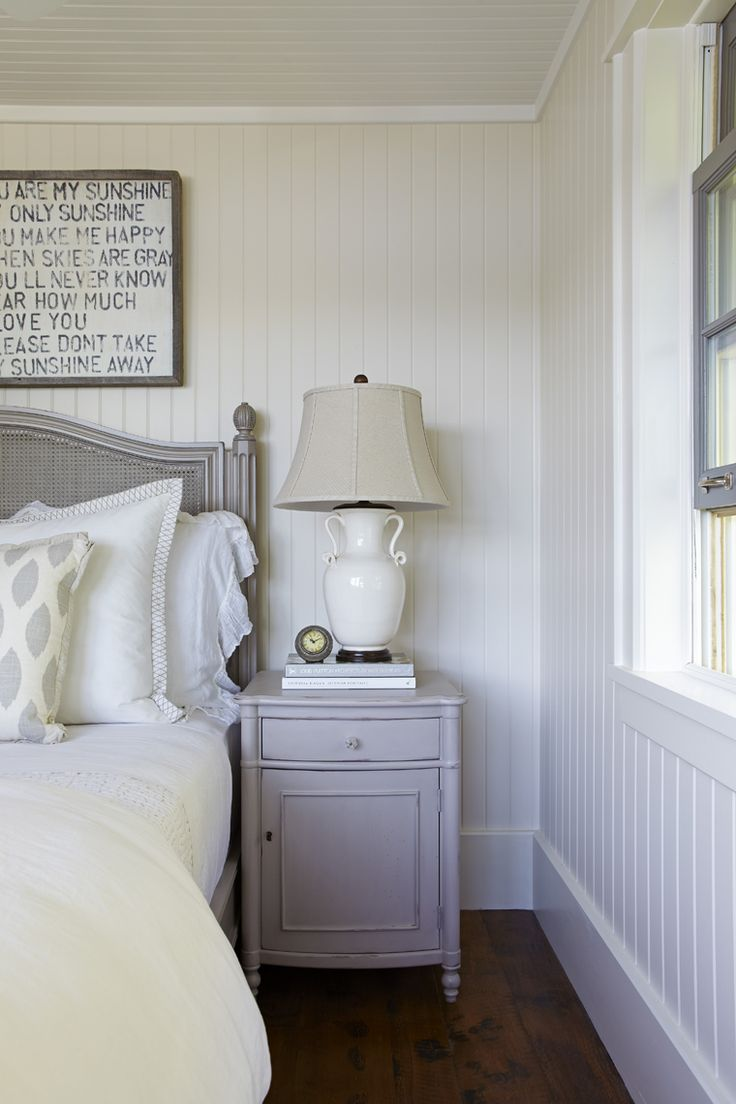 Coastal muskoka living interior design ideas home bunch interior - Muskoka Living Ml Love The Painted Paneling On Walls And Ceiling Nice Trim Work