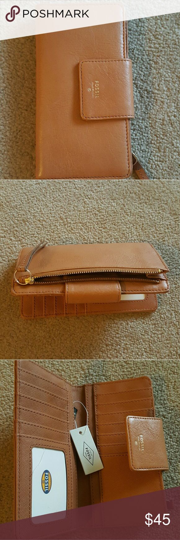 FOSSIL Tab Clutch Brand new tan colored Fossil leather clutch with 12 card slots. Make me an offer! Fossil Bags Wallets