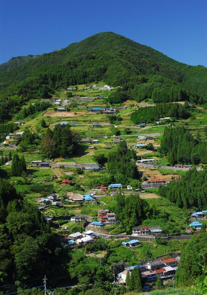 Iya, Tokushima, Japan 祖谷。平家の落人伝説が残ります。ミハ夫妻だけでなく、執事様のご家族にも、ぜひ体験してほしいです(^ ^)