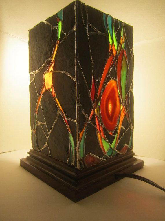 Lanterne de Pierre vitrail et ardoise avec un par JButlerArt