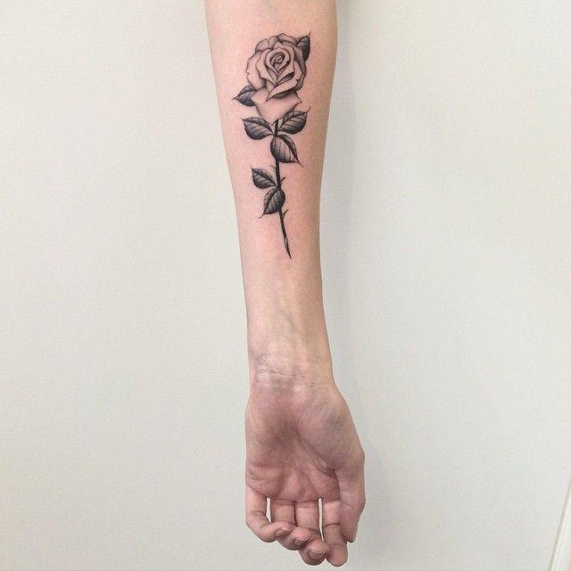 rose arm tattoos ideas